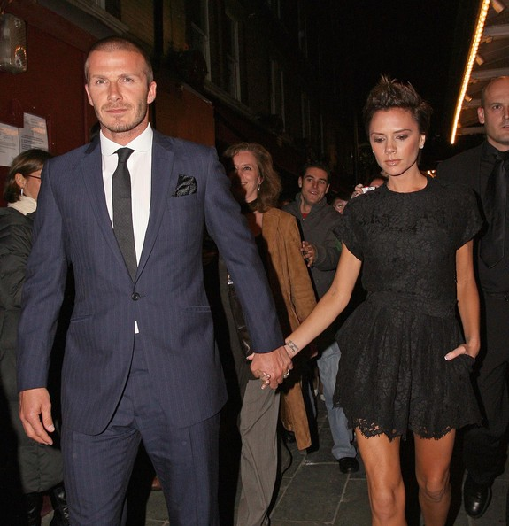David+Beckham+Victoria+Beckham+Out+J+Sheekey+90Mb5WFQ4Y-l